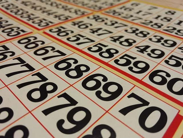 Köp en bricka för att spela bingo